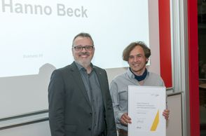 Dean's Award for Intellectual Contribution with Distinguished Impact: Prof. Dr. Hanno Beck